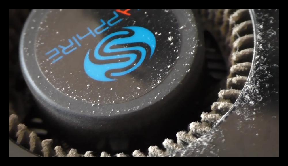 Загрязненный пылью кулер видеокарты